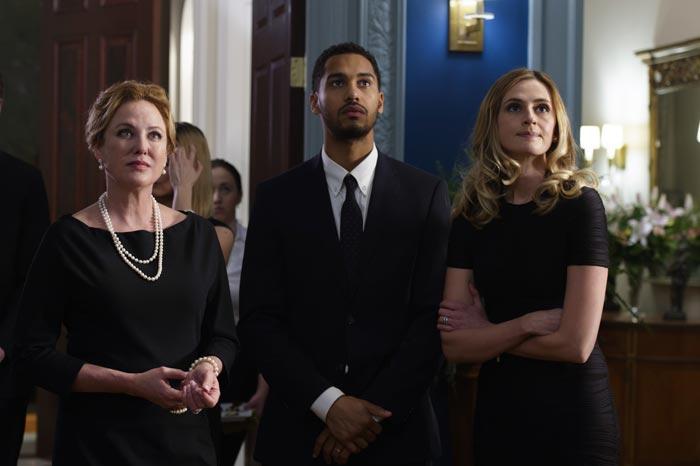 Hay un asesino en la familia - American Gothic